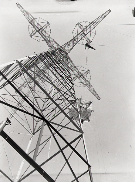 Jump training from the 75-metre tower at Fort Benning, Georgia, 12 March, 1943