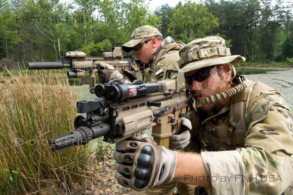 Who has the info on the Scar Airsoft Gun? Scar-002